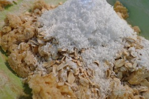 Mix the dry with the wet and fold in your oats and coconut.